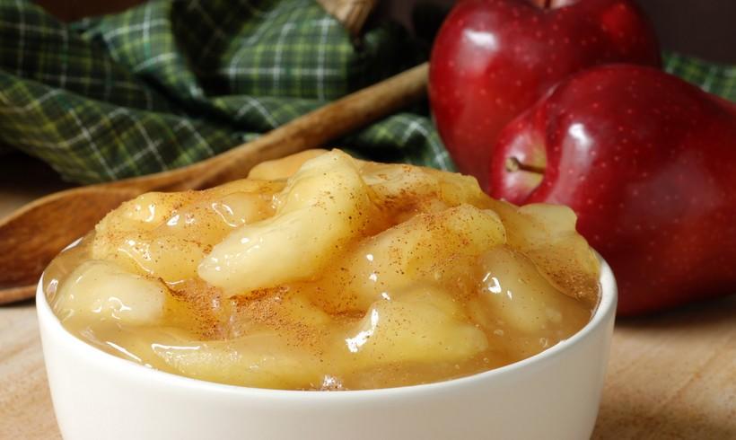Jabuke s medenim preljevom