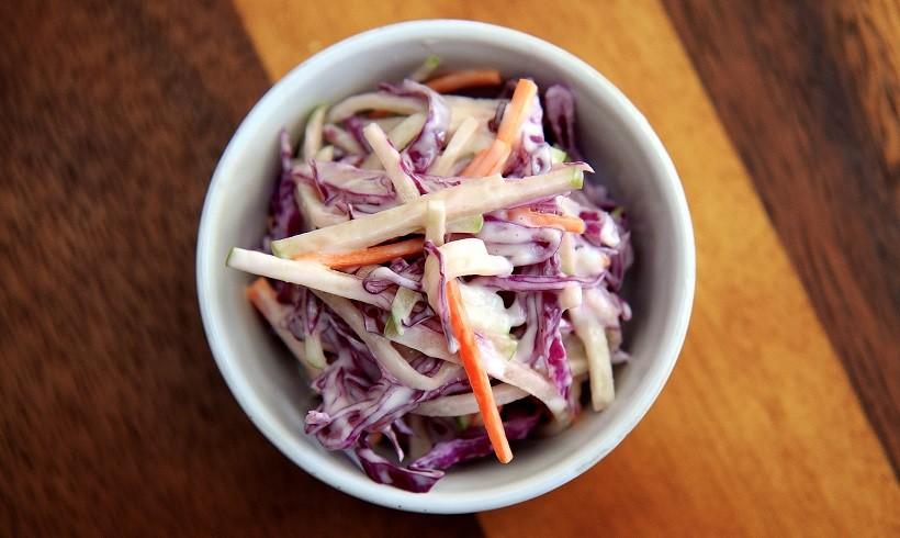 Znate li što je to Coleslaw salata i kako ju napraviti?